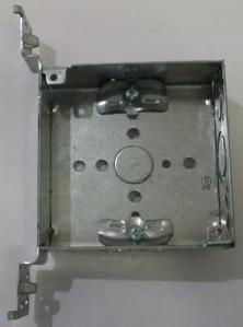 "4 x 4 x 1 1/2"" galvanized box with side mount"